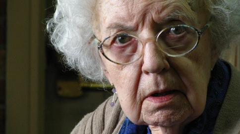 old-lady-with-glasses
